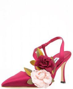 ~ Living a Beautiful Life ~ Manolo Blahnik Oppure Sandals