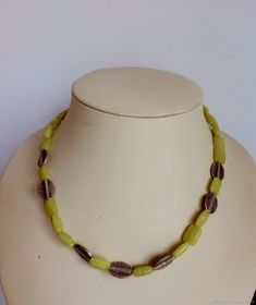 Beaded Necklace, Jewelry, Fashion, Beaded Collar, Moda, Pearl Necklace, Jewels, Fashion Styles, Schmuck