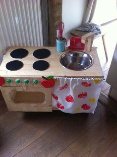 Schnelle Kinderküche selbst bauen