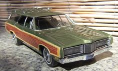 1970 Ford LTD Country Squire 1:25th scale