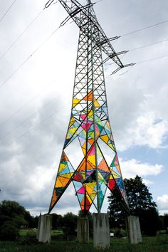 Three art students transformed this electrical tower in Hattingen, Germany into a stained glass lighthouse. The urban art installation used Acrylglas (plexiglass) rather than traditional stained glass for safety reasons.