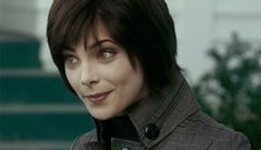 Take this personality quiz to find out which of the Twilight Saga film series Alice Cullens you are really fondest of. Alice Cullen, Edward Cullen, Alice Twilight, Twilight Cast, Twilight Pictures, Twilight Series, Twilight 2008, Twilight Movie, Rosalie Hale
