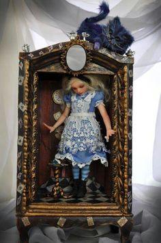 SutherLandArt - Alice in Wonderland