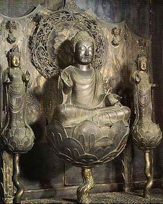 Japanese National Treasure, The Amida triad also made of bronze enshrined in the Lady Tachibana's Shrine of Horyuji Temple 銅造阿弥陀如来及両脇侍像(伝橘夫人念持仏)(法隆寺)