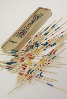Mikado - oft gespielt, Holz war besser als Plastik ;)