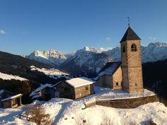 Chiesa di San Leonardo Casamazzagno Comelico Belluno Dolomiti Veneto Italia