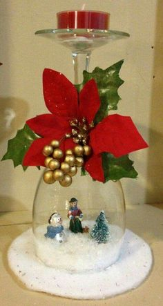 20 Most Incredible Collection Of Top Rated Christmas Wine-Glass Decor Ideas 50 Diy Christmas Decorations, Christmas Centerpieces, Christmas Projects, Holiday Crafts, Christmas Recipes, Table Decorations, Glass Centerpieces, Noel Christmas, Simple Christmas