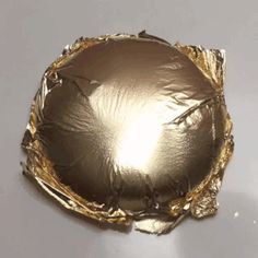Video of gold foil over slime play! Fluffy Slime Recipe, Easy Slime Recipe, Diy Crafts Slime, Slime Craft, Pretty Slime, Slimy Slime, Slime Vids, Galaxy Slime, Slime And Squishy