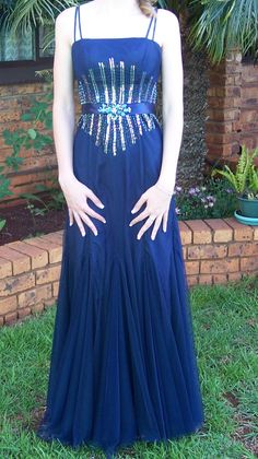 For sale on junk mail size 28 Matric dance dress Matric Farewell Dresses, Matric Dance Dresses, Security Screen, Junk Mail, How To Make Money, How To Wear, Midnight Blue, Party Dress, Formal Dresses