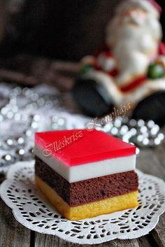 """Nem tipikus Karácsonyi sütemény, de engedve a csábításnak elkészült. A kislányom már hetek óta """"rágta a fülem"""" ez... Homemade Cookies, Kiwi, Food And Drink, Xmas, Sweets, Baking, Recipes, Suzy, December"""