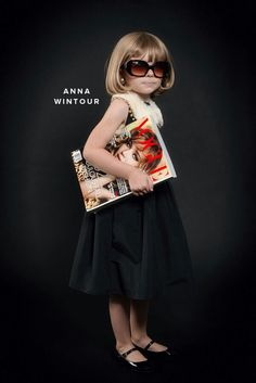 Miniature #AnnWintour we are so in love with this enactment. #fabulous
