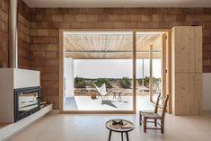 Can Xomeu Rita - Marià Castelló · Architecture Contemporary Interior Design, Contemporary Bedroom, Contemporary Architecture, Home Interior Design, Architecture Design, Contemporary Homes, Journal Du Design, Charming House, Minimal Home