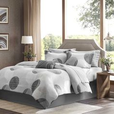 Give your bed a fun, contemporary design with this multiple-piece Madison Park Essentials bedding set. The set includes sheets and unique printed comforter, as well as a bed skirt, sh Grey Comforter Sets, King Comforter, Bedding Sets, Grey Bedding, Queen Bedding, Bed Sets, Console, Bed In A Bag, Cotton Sheet Sets