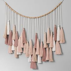 Our Oversized Tassel Garland brings natural, well-crafted detail to your space. Large tassels in a neutral palette make for a whimsical addition to your walls. DETAILS YOU& APPRECIATE Pottery Barn Teen, Pottery Barn Nursery, Colorful Furniture, Tassels, Diy Tassel Garland, Tassel Curtains, White Curtains, Diy Home Decor, Diy And Crafts