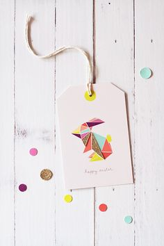Free printable origami Easter bunny tags for baskets + gifts. Lovely.