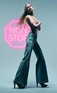 Breit geschnittene Jeans, XXL, Schlaghose - Jeans-Trend, Jeans-Modemode, Denim, Jeans-Tipps 2007 -