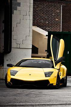 Lamborghini Murcielago LP670-4 SV | Drive a Lambo @ http://www.globalracingschools.com