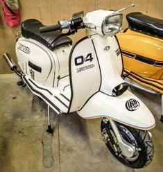 Motor Scooters, Vespa Scooters, Motor Car, Piaggio Scooter, Italian Scooter, Vintage Vespa, Scooter Girl, Italian Style, Cool Bikes