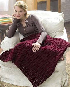 Free Crochet One-Skein Lap Throw Pattern from RedHeart.com