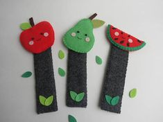 Felt bookmarks-Felt fruits-Little readers gift-Pear bookmark-Apple bookmark-Watermelon bookmark-back to school gift Felt bookmarks FRUITS Apple bookmark Pear bookmark Watermelon bookmark Creative bookmarks to accompanying your children in the wonderful world of reading. They