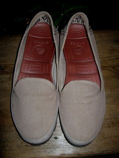 f3196ad2024c CROCS WOMENS STRETCH YOUR SOLE FLAT SLIP ON CANVAS LOAFER SHOES SIZE UK 7  W9
