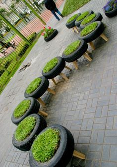 Cool Grass Tire Stools