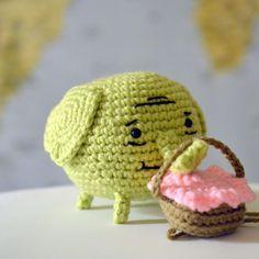 Ravelry: Tree Trunks the Elephant pattern by Patricia Castillo - Adventure Time Crochet Tree, Crochet Wool, Crochet Cross, Cute Crochet, Adventure Time Free, Adventure Time Crochet, Amigurumi Patterns, Knitting Patterns, Crochet Patterns