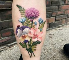 Photo - Pretty full colors realistic tattoo works of Flowers motive done by tattoo artist Teresa Andrews Flower Bouquet Tattoo, Birth Flower Tattoos, Small Flower Tattoos, Large Tattoos, Flower Tattoo Designs, Heart Flower Tattoo, Realistic Flower Tattoo, Colorful Flower Tattoo, Tattoo Small
