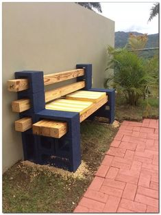 block and wood bench Concrete block and wood bench.Concrete block and wood bench. Cinder Block Furniture, Cinder Block Bench, Cinder Block Garden, Cinder Blocks, Cinder Block Ideas, Bench Block, Diy Concrete Patio, Pallet Patio, Diy Patio