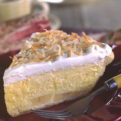 Easy Coconut Banana Cream Pie (Easy; 8 servings) #coconut #banana #pie