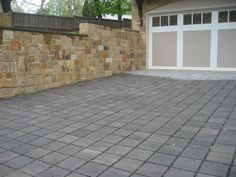 SF Rima™ Chamfered #Driveway (Color: Chesapeake.) #outdoor #paver #garage