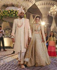 Best Indian Bridal Wedding Dresses images for women's Indian Bridal Lehenga, Indian Bridal Outfits, Indian Bridal Wear, Desi Bride, Muslim Wedding Dresses, Bridal Wedding Dresses, Wedding Reception, Reception Ideas, Backless Wedding