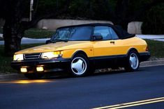 Saab 900 Turbo Cabriolet Monte Carlo Yellow Edition With HID Yellow Foglights