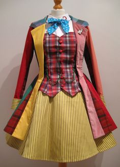 Genderswapped Sixth Doctor cosplay outfit is GORGEOUS! via Boing Boing