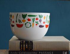 Vintage Arabia Finland Vegetable Print Large Enamelware Bowl