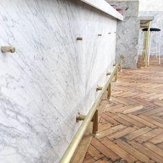 Best Cedar Live Edge Handrail Diy Pinterest 400 x 300