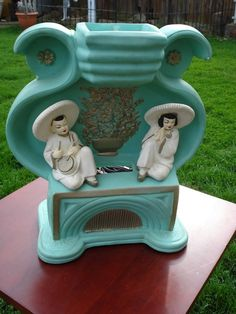 Chalkware Atomic TV Lamp with Oriental Couple Vintage Tv, Vintage Lamps, Vintage Furniture, Vintage Stuff, Furniture Design, Cool Lamps, Funky Lamps, Retro Lamp, I Love Lamp