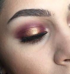 Cranberry & Gold Halo Eyes – Marina Lee Beauty - Makeup Tips Halo Eye Makeup, Asian Eye Makeup, Eyeshadow Makeup, Glitter Makeup, Maybelline Eyeshadow, Yellow Eyeshadow, Witch Makeup, Clown Makeup, Beauty Makeup