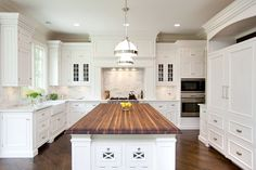 White Kitchen Island With Butcher Block Kitchen Island Countertop White Glass Front Kitchen White Marble Kitchen, White Kitchen Island, All White Kitchen, White Kitchen Cabinets, New Kitchen, Kitchen Decor, Kitchen Islands, Kitchen Wood, Kitchen Ideas
