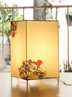 Lámpara de mesa._18 x 12 cm_ FRUTAS por LuzdePapel en Etsy
