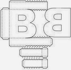 Olá pessoal Um presente para todos os apaixonados pelas artes... Deixo aqui o alfabeto 3D, mesmo sem as máquinas cricut ou silhouette,... 3d Alphabet, Alphabet Templates, Paper Toys, Paper Crafts, Origami Paper Art, Printable Numbers, Diy Letters, Paper Flowers Diy, Diy Box