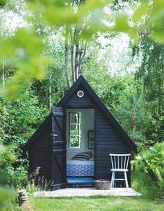 stunning finnish micro cabin built for just 10 500 oliver hus och inspiration. Black Bedroom Furniture Sets. Home Design Ideas