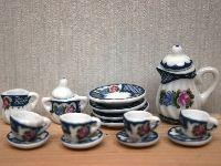 Lovely Dolls House tea Set from the Wonham Collection. DA156.