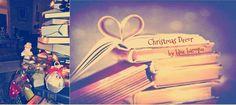 Christmas Decor | Un albero di libri Christmas Decorations, Neon Signs, Blue, Christmas Decor, Christmas Tables, Christmas Jewelry