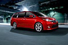 2015 Toyota Sienna side