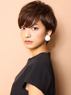 Pin on 髪型 Short Hair Outfits, Girl Short Hair, Short Hair Cuts, Short Hair Styles, Short Sassy Haircuts, Short Bob Hairstyles, Korean Short Hair, Japanese Hairstyle, Asian Hair