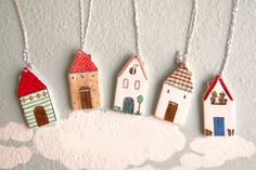 Kunst Und Kunsthandwerk – Hobbies paining body for kids and adult Clay Houses, Ceramic Houses, Mini Houses, Paper Houses, Clay Christmas Decorations, Diy Christmas Ornaments, Polymer Clay Crafts, Diy Clay, Diy And Crafts