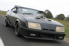 Ford Falcon XB Coupe, V8 351 - Mad Max I & II by George Miller (1979 / 1982)