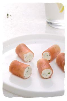 Salty Foods, Biscuit Recipe, Boursin, Fresh Rolls, Food Videos, Entrees, Sushi, Sausage, Food Porn