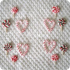 Handmade polymer scrapbooking buttons : Christmas lollipops and candy canes. / Boutons cannes à sucre et sucettes de Noël faits main en fimo pour toutes vos créations : pages, cartes, tags, étiquettes cadeaux... // On sale at / A vendre sur : http://scrap-ines.over-blog.com/article-christmas-team-gourmandises-de-noel-collection-noel-2012-112952898.html